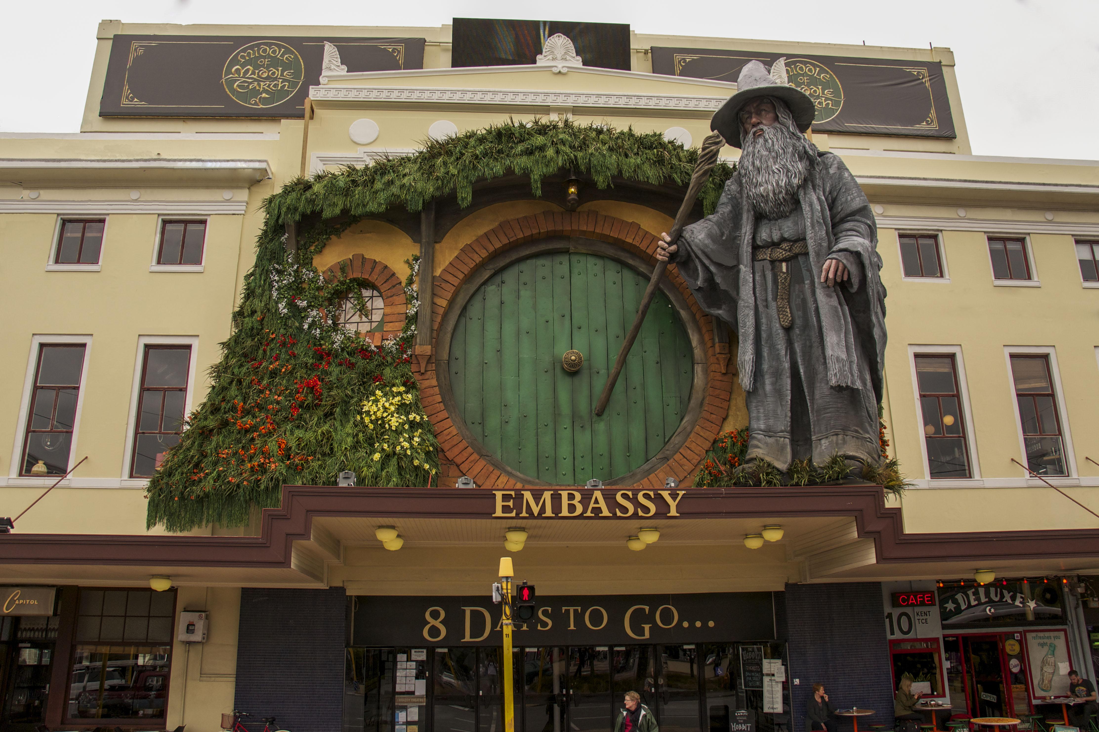 The theatre premiering The Hobbit film